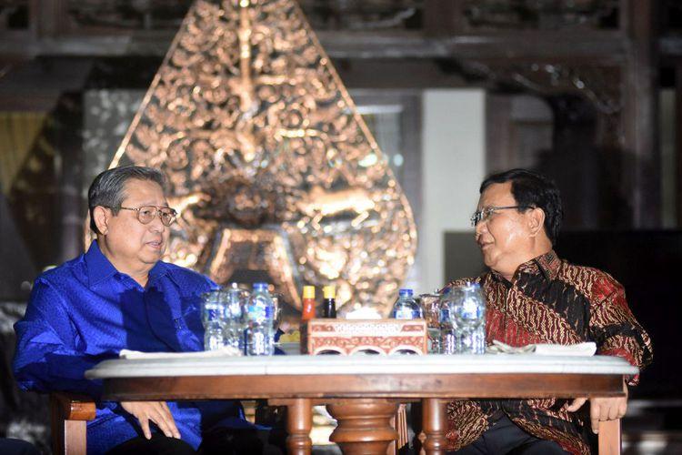 Prabowo Subianto dan Lelucon Politik Yang Menipu Rakyat